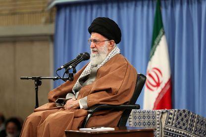 Le leader iranien, l'ayatollah Khamenei, lors de sa dernière apparition publique le 27 novembre