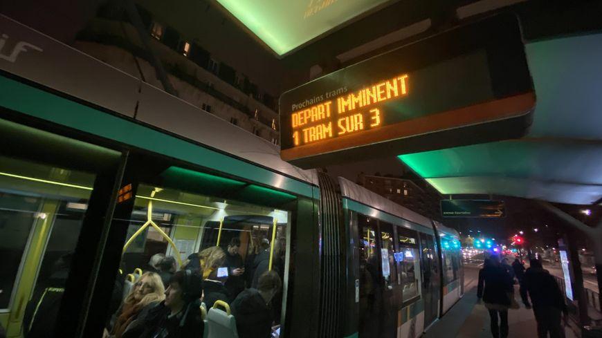 Trafic encore au ralenti ce lundi dans les transports en Ile-de-France.