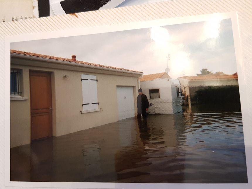 Il y avait près de cinquante centimètres d'eau dans la maison du couple Wohmann.