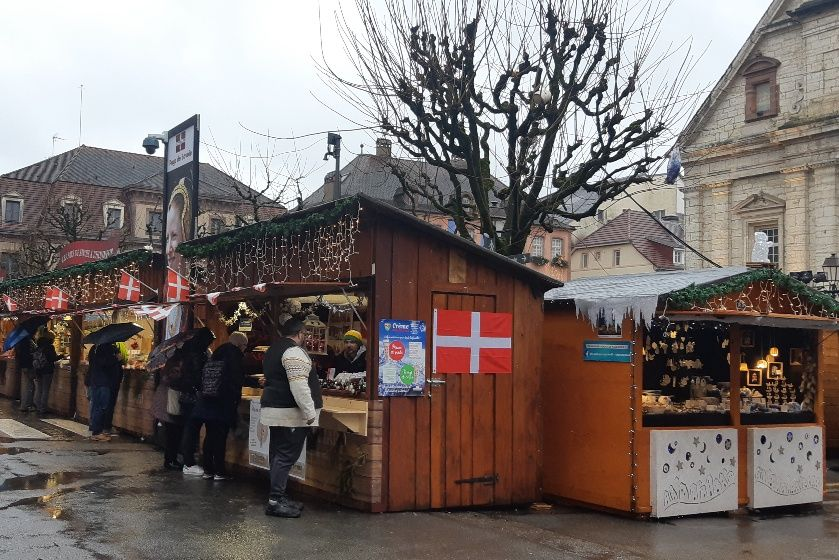 Les Pays de Savoie, invités d'honneur cette année, sont ravis de leur marché de Noël à Montbéliard