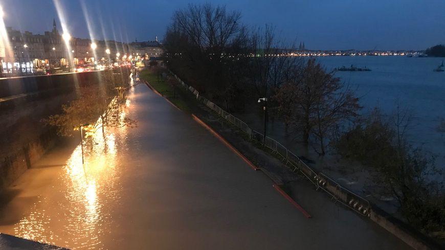 La Garonne déborde à Bordeaux