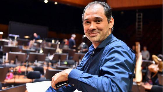 Tugan Sokhiev pendant les répétitions de la musique du film Star Wars avec l'Orchestre du Capitole de Toulouse (2018)