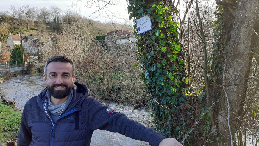 Yannick Salaville le long de la Laize
