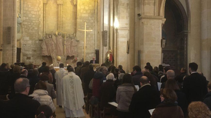 L'église Saint-Jacques ne propose que 350 places assises