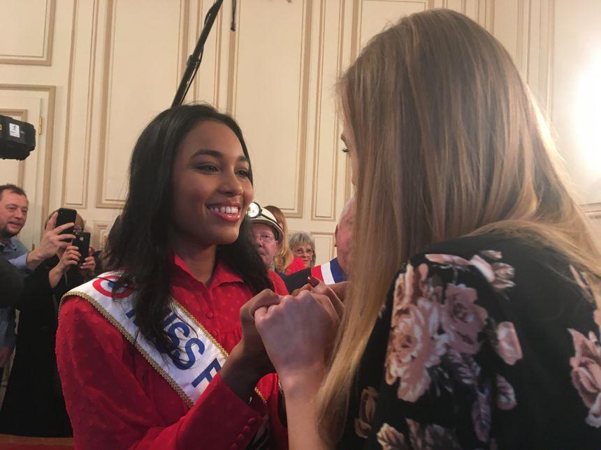 Miss France 2020 et Miss Lorraine à l'hôtel de ville de Saint-Avold en Moselle