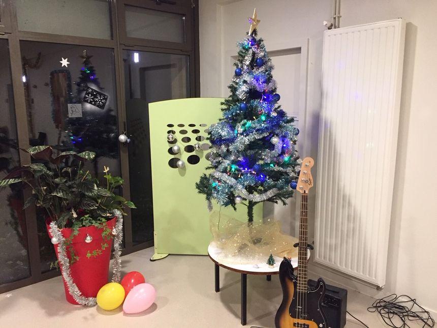 Le sapin de Noël du CROUS de Poitiers.