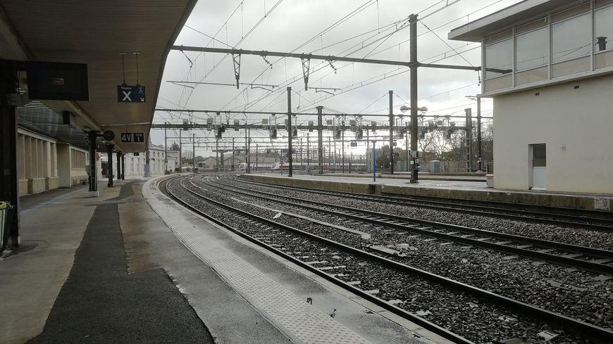 La gare de Dijon déserte