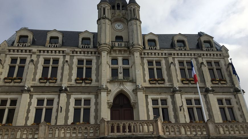 La mairie de Saint-Galmier dans la Loire