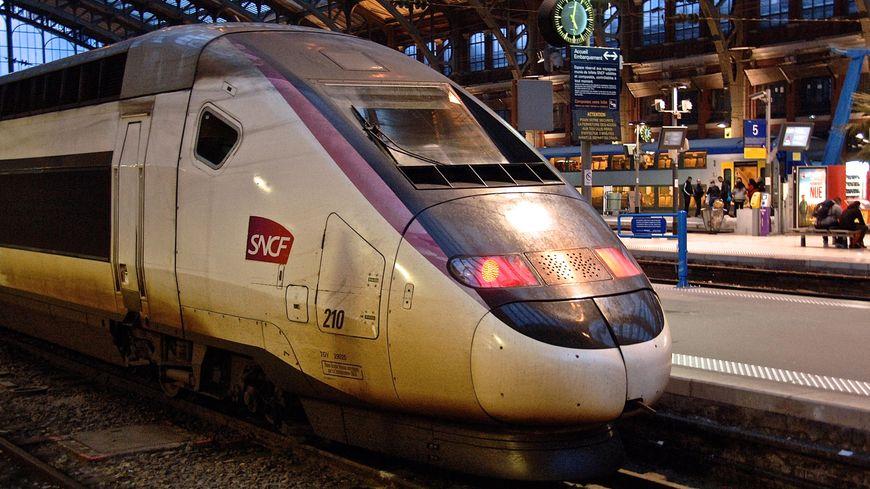 Le trafic des trains reste perturbé ce lundi au 26ème jour de grève à la SNCF (photo d'illustration)