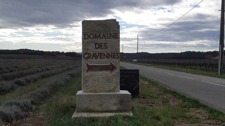 Le domaine des Gravennes exploite trente hectares de vignes à Suze-la-Rousse