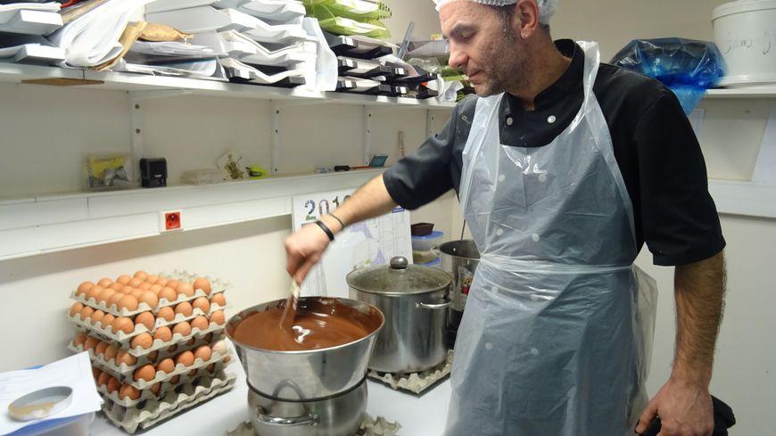 Christophe Roussel a créé son entreprise artisanale il y a quatre ans à L'Huisserie.