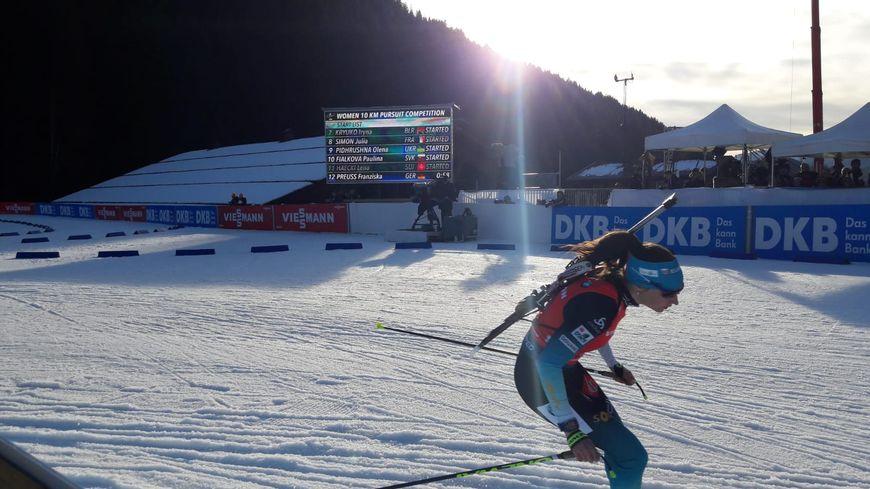 L'étape française de Coupe du monde de biathlon s'est poursuit ce samedi avec les poursuites homme et femme.
