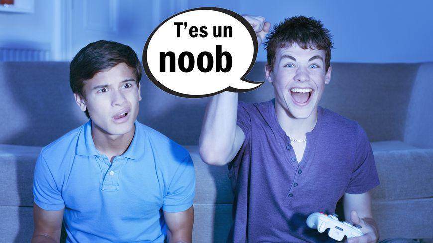 Enzo nous explique le mot Noob dans le Dico des ados de France Bleu Besançon