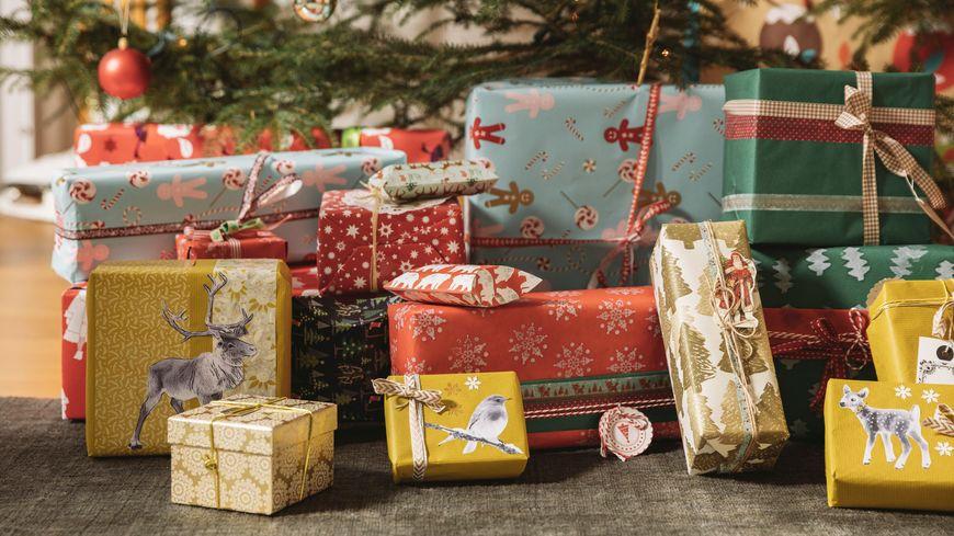 ecture, gastronomie, déco, bijoux ou cosmétique : quinze idées de cadeaux de Noël fabriqués en Normandie.