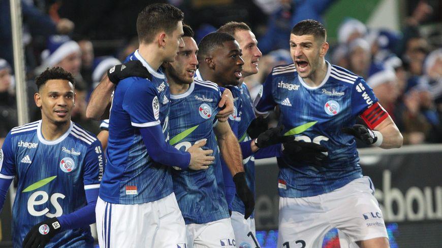 La rage de Stefan Mitrović et des Strasbourgeois, vainqueurs 2 à 1 de Saint-Etienne pour conclure l'année 2019 en beauté
