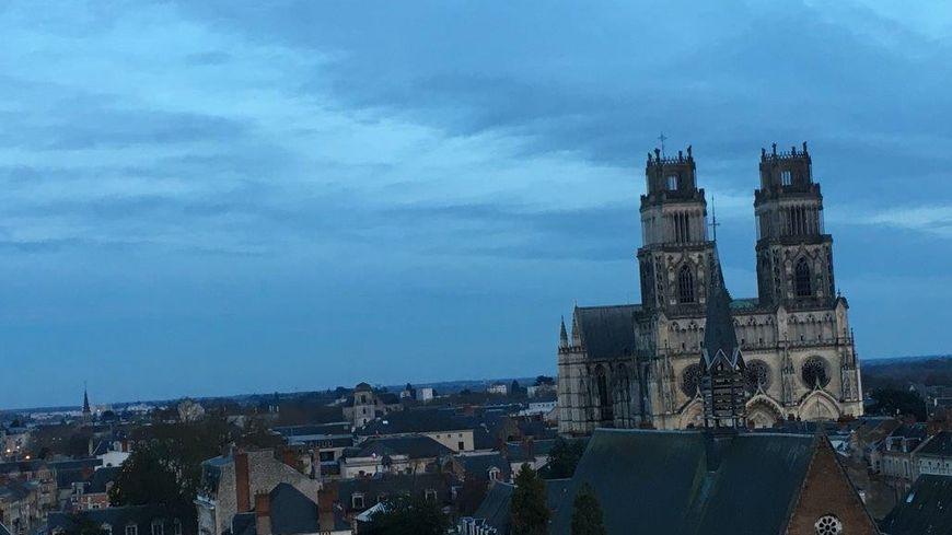 Orléans et sa cathédrale Saint-Croix