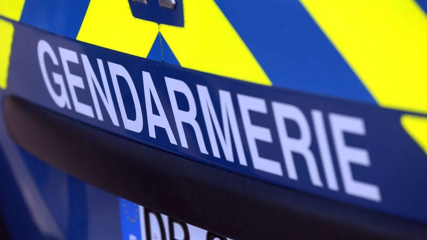 Les gendarmes ont repêché une voiture avec un corps à l'intérieur à Onard (Landes).