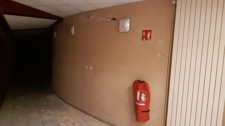 Le lycée Xavier Mallet du Teil très endommagé par le séisme