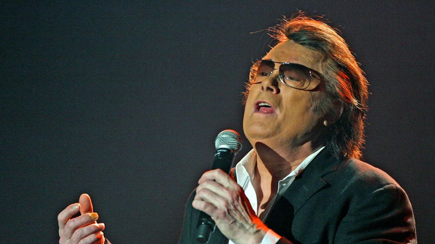 Alain Barrière lors d'un tour de chant à Saint-Etienne en 2007