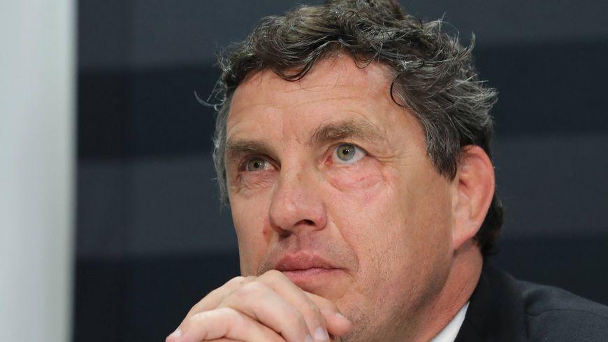 Le président du Stade Toulousain Didier Lacroix salue l'accord entre les clubs et la Fédération sur la mise à disposition des joueurs au XV de France pour le Tournoi