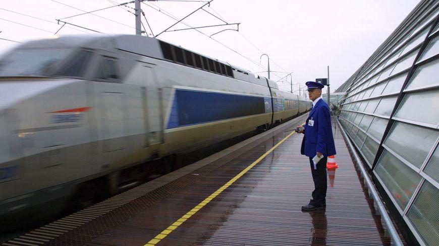 TGV en gare d'Avignon
