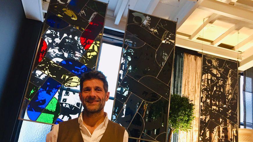 Frédéric Troisième, maître verrier, vend ses vitraux Star Wars 2.500 euros