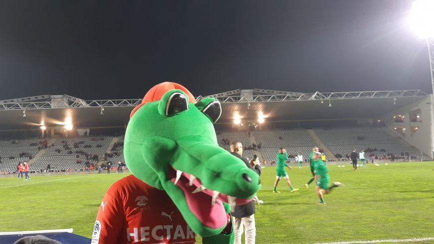 La mascotte du Nîmes Olympique !