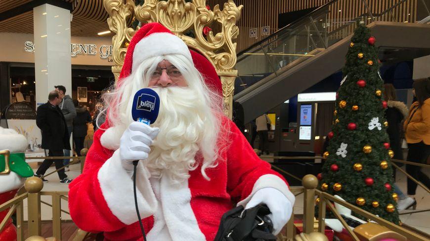 Et chez vous, le Père Noël passe le 24 ou le 25 ?