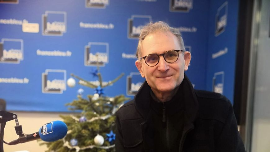 Jean-Claude Gallotta, le célèbre chorégraphe, nous raconte ce Noël où est née sa passion pour la danse