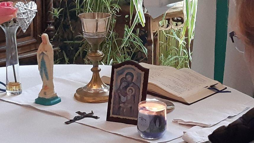 La table de messe préparée par Marine