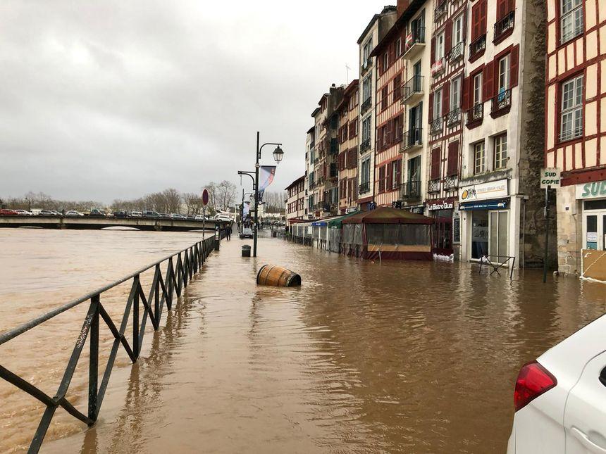 Que d'eau dans le petit Bayonne !
