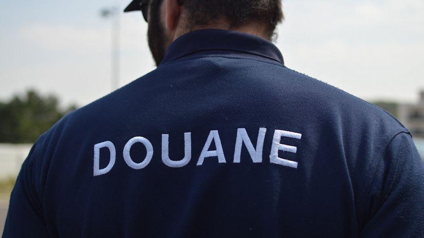 Un douanier sur le terrain (photo d'illustration)