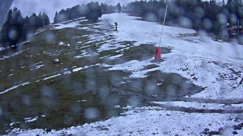 Le domaine de la Gentiane au Ballon d'Alsace ce vendredi témoigne du manque de neige