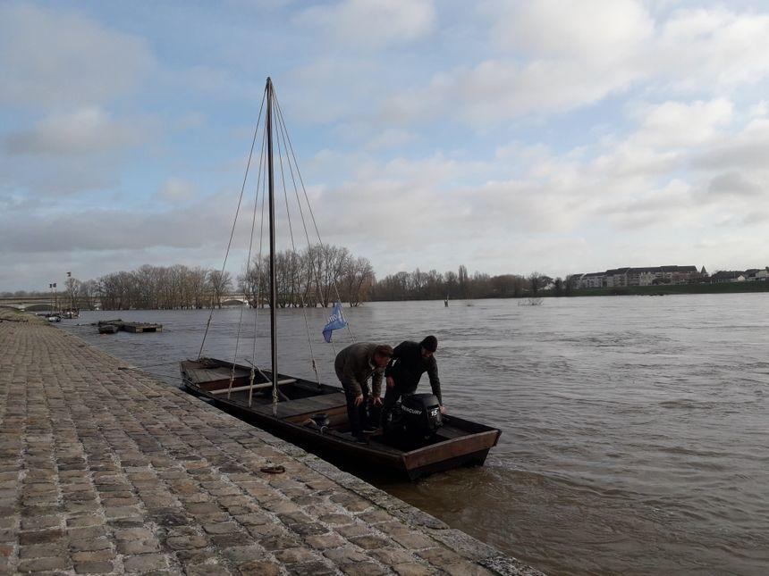 Le futreau de Paul Denizot, amarré quai de la Loire à Orléans