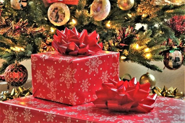 De beaux cadeaux célèbrent les fêtes de fin d'année sur France Bleu Limousin