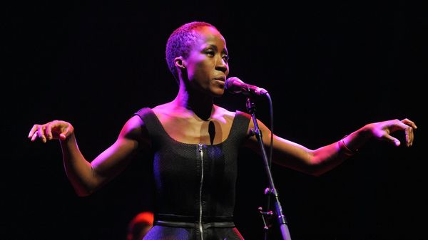 Oops ! : Rokia Traoré, Emilien Véret, D'Angelo, Ambrose Akinmusire and more