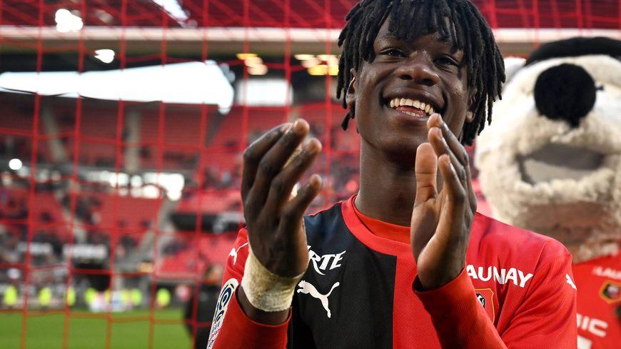 Eduardo Camavinga tout sourire après la victoire du Stade Rennais contre Amiens il y a un mois