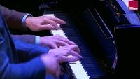 Wolfgang Amadeus Mozart : Fantaisie n° 2 en fa mineur K. 608 (Victor Metral et Michel Dalberto)