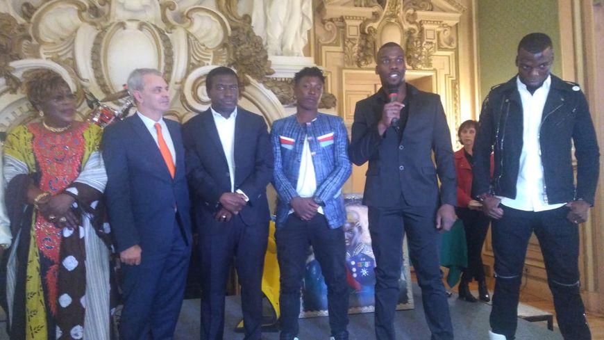 Mathias et Florentin Pogba à la mairie de Tours samedi 28 décembre