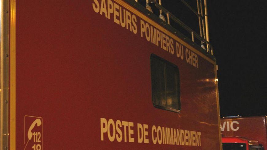 Les pompiers du Cher en intervention la nuit sur un incendie