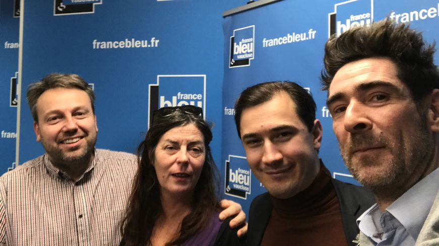 Simon CALAMEL, Nathalie MAZET, Paulin REYNARD et Gaël WILD dans Aqui sian bèn.