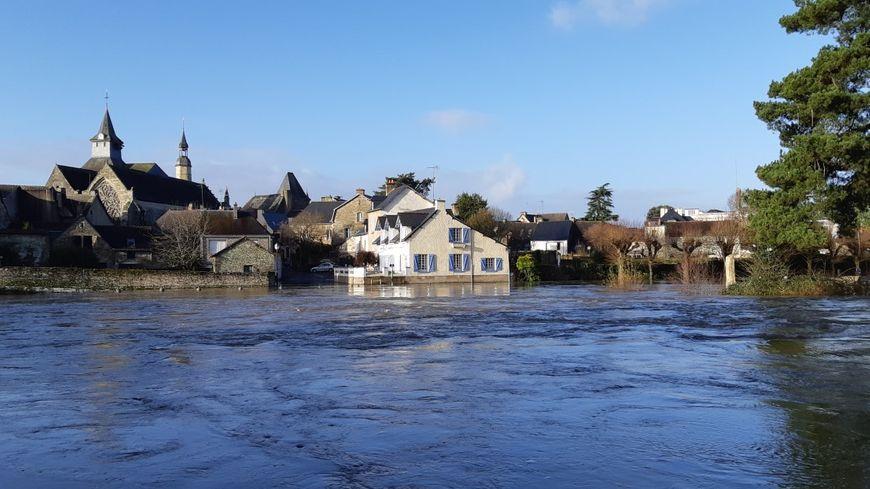 La hauteur d'eau a été mesurée à 2 mètres 85 à Malestroit lundi matin 23 décembre