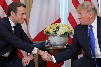 Une poignée de mains franche qui n'a pas empêché l'étalage des divergences entre Donald Trump et Emmanuel Macron hier à Londres.