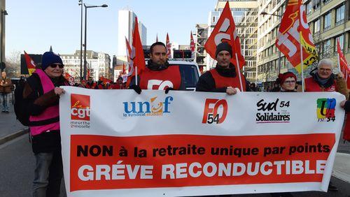 Réunion à l'Elysée ce soir dans le bras de fer social sur la réforme des retraites