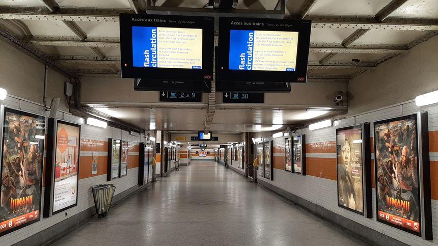 La gare de Strasbourg un dimanche de grève