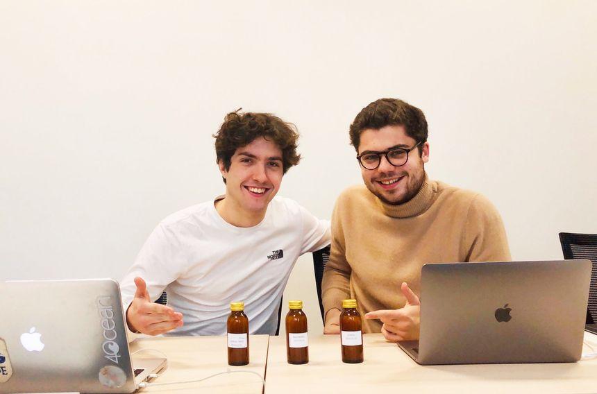 Antoine-Baptiste Leonetti et Henri Puigsarbé, les deux créateurs d'Alcoool