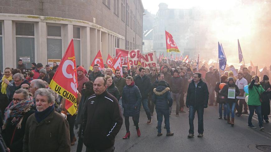 Manifestation dans les rues de Quimper