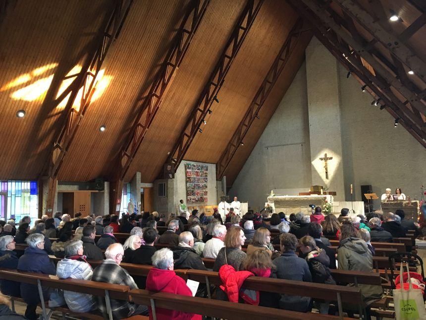 Plus d'une centaine de fidèles ont assisté à la messe de Noël