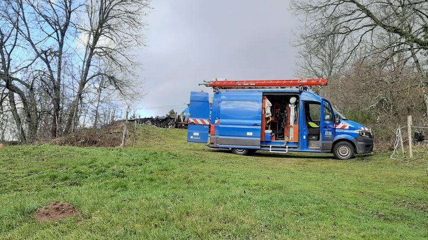 Les services d'Enedis en intervention à Beurrières (Puy-de-Dôme)