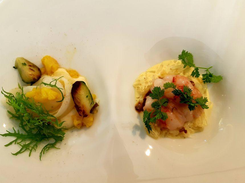 L'un des plats au menu : des gambas, de la mangue, du chou de Bruxelles, du chou-fleur ...